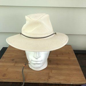 GODFREY'S HANDMADE AUSTRALIAN HAT - Ventilated L